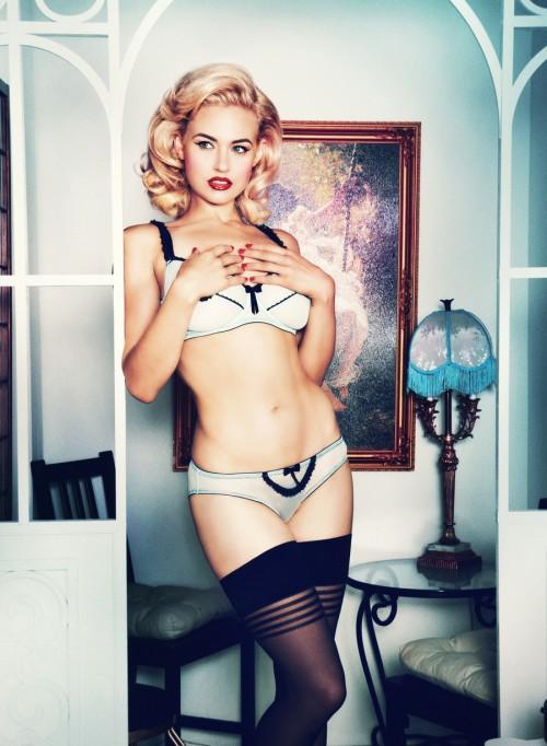 Bryana-Holly-Music-Legs-Collection-6.jpg