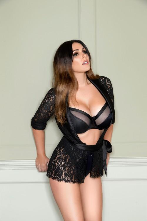 Lucy Pinder 2019 Calendar Photoshoot (3)