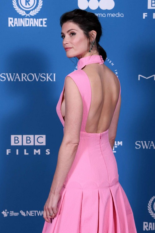 Gemma-Arterton-at-21st-British-Independent-Film-Awards-in-London-11.jpg