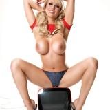 Sophie-Reade-TV-Stars-in-Bras-Nuts-Website-9.th.jpg