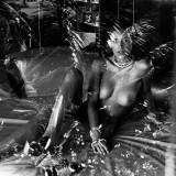 Alejandra-Guilmant-naked-Richard-Bernardin-MQ-Photo-Shoot-7.th.jpg