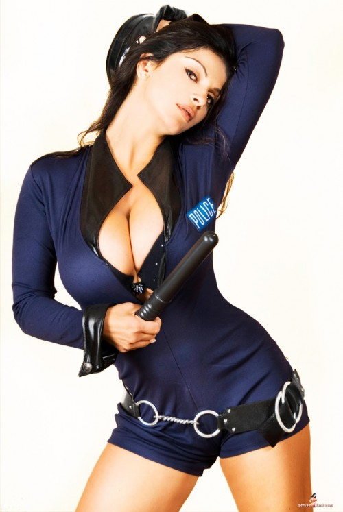 denise milany busty cop (6)