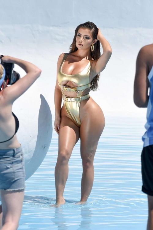 Demi-Rose-Mawby-bikini-photoshoot-3.jpg