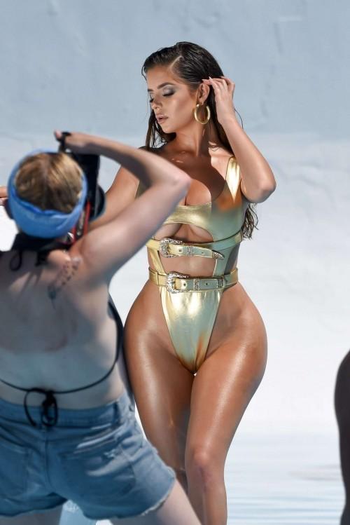 Demi-Rose-Mawby-bikini-photoshoot-5.jpg