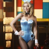 Amber-Heard-Sexy-Lingerie-and-Stockings-20.th.jpg
