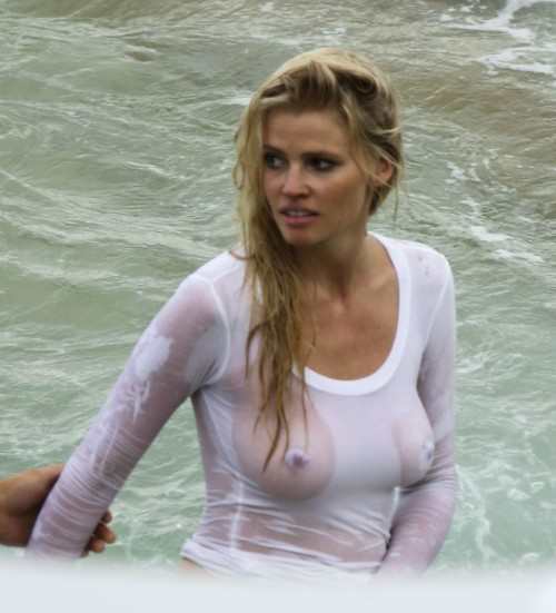 Lara-Stone-See-through-wet-T-shirt-in-Sydney-12016-3.jpg