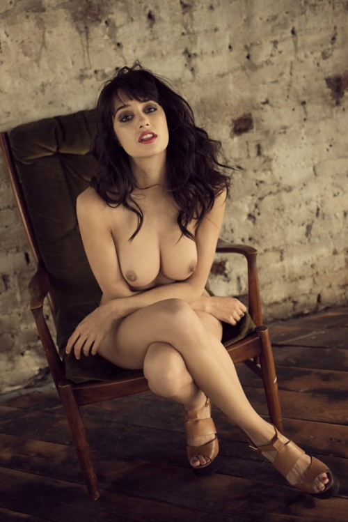 Seren-Gibson-Nude-by-Frank-White-June-2012-UHQ-Photo-Shoot-2.md.jpg