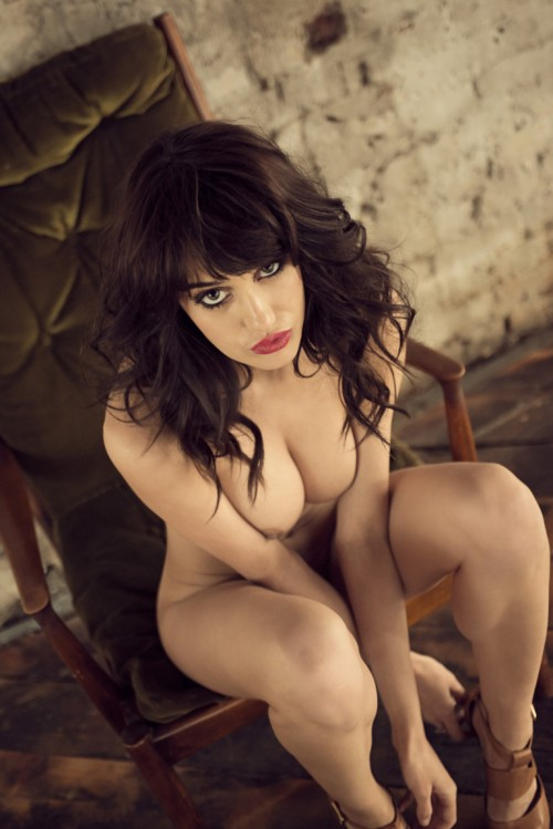 Seren-Gibson-Nude-by-Frank-White-June-2012-UHQ-Photo-Shoot-3.md.jpg