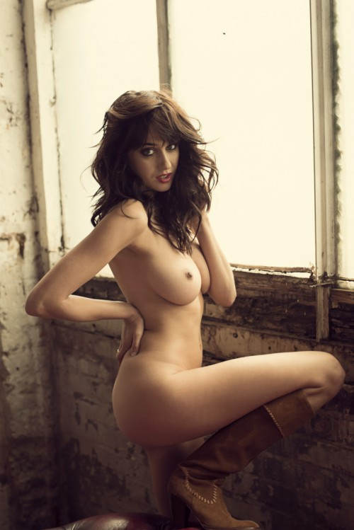 Seren-Gibson-Nude-by-Frank-White-June-2012-UHQ-Photo-Shoot-6.md.jpg
