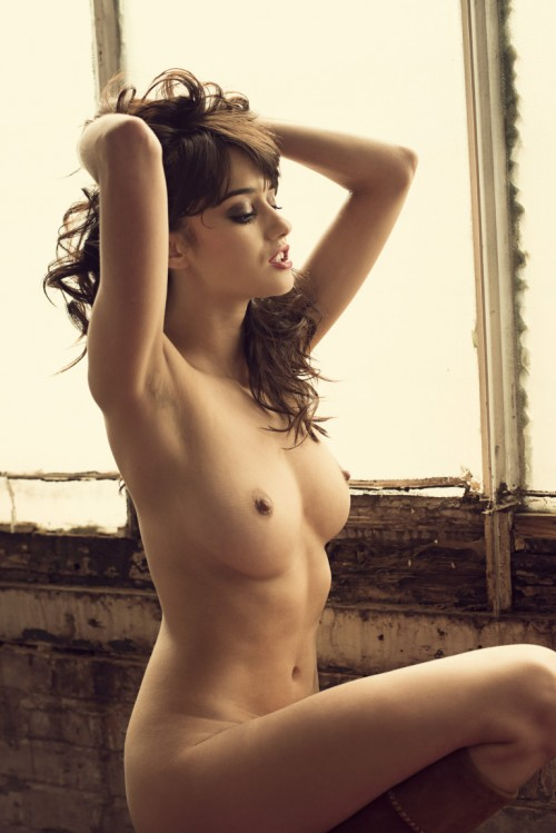 Seren-Gibson-Nude-by-Frank-White-June-2012-UHQ-Photo-Shoot-7.md.jpg