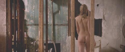 Amber-Heard-Naked-London-Fields-MovieScreencaps-20.md.jpg