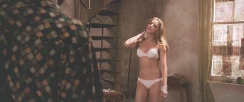 Amber-Heard-Naked-London-Fields-MovieScreencaps-9.md.jpg