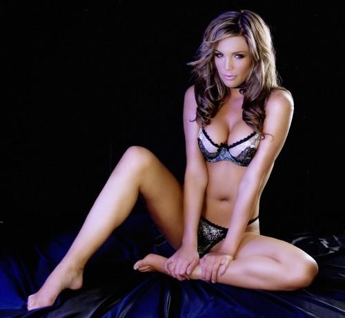 Danielle-Lloyd---Jeany-Savage-Photoshoot-7.md.jpg