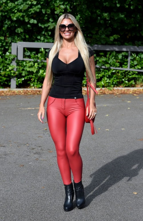 Christine-McGuinness-cameltoe--tight-red-leather-pants-3.md.jpg