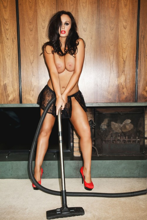 Chanelle-Hayes-Nude---2014-Calendar-Shoot-7.md.jpg