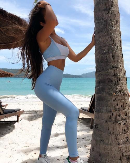 Tarsha-Whitmore-sexy-tights-14.jpg