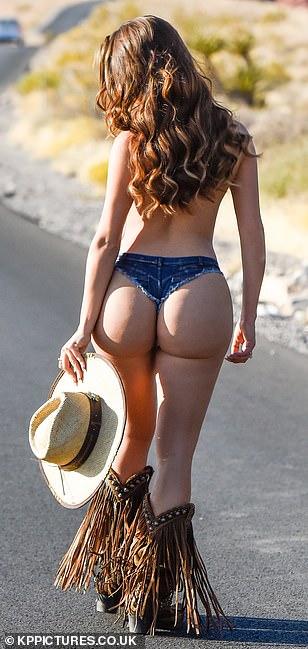 Demi-Rose-Mawby-Nude-Cowgirl-13.jpg
