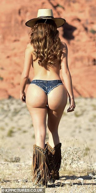Demi-Rose-Mawby-Nude-Cowgirl-15.jpg