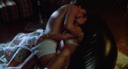 Demi-Moore-Sex-Scenes--About-Last-Night-7.jpg