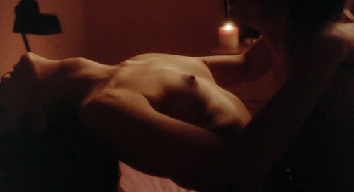 Demi-Moore-Sex-Scenes--About-Last-Night-8.jpg