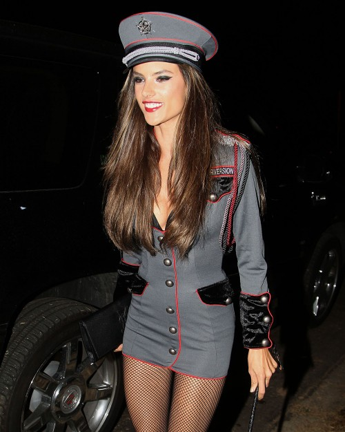 ALESSANDRA-AMBROSIO-Arriving-at-Halloween-Party-in-Beverly-Hills-5.jpg