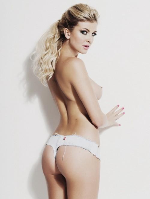 Sam-Cooke-Showing-Boobs-For-Her-Official-Calendar-10.md.jpg