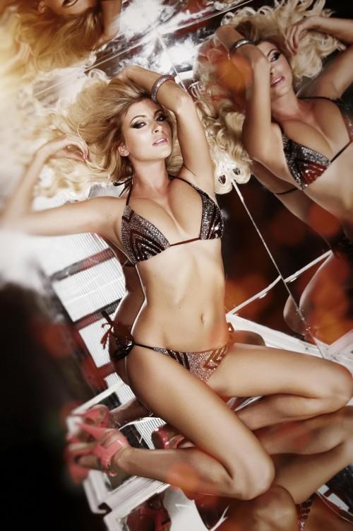 Sam-Cooke-Showing-Boobs-For-Her-Official-Calendar-7.md.jpg