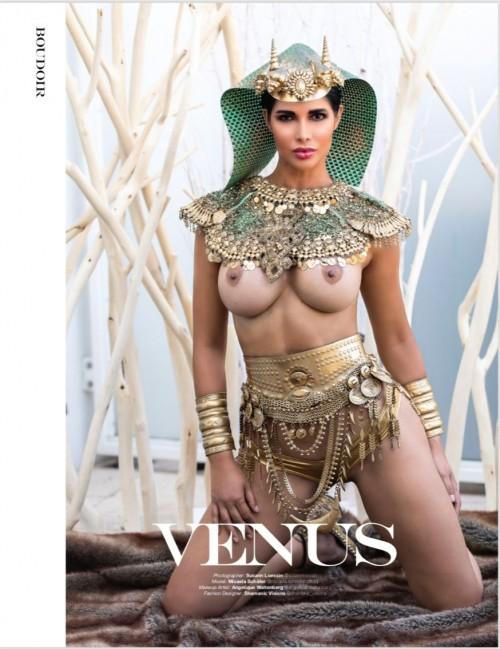 Micaela-Schaefer-Topless-Boudoir-Magazin-2.md.jpg