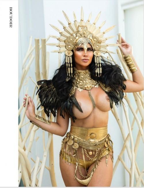 Micaela-Schaefer-Topless-Boudoir-Magazin-3.md.jpg