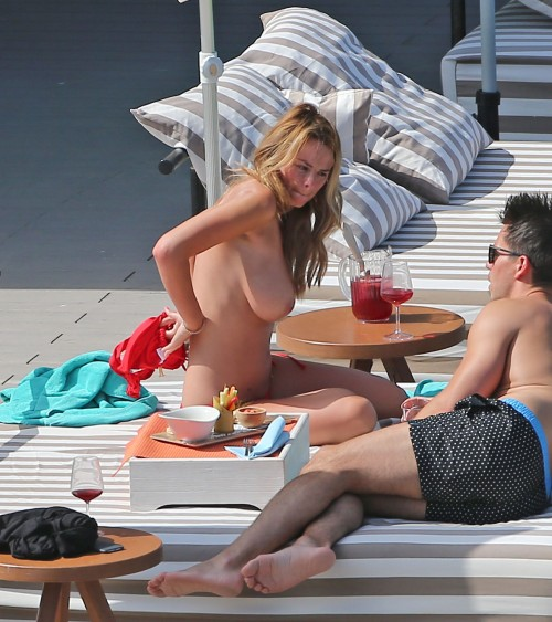 Rhian-Sugden-Topless-Candids-3.md.jpg