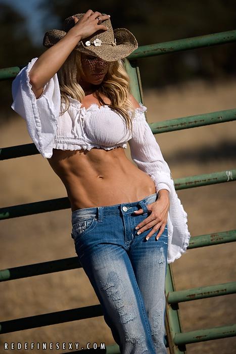Hot-Girls-Wearing-Tight-Jeans-37.jpg