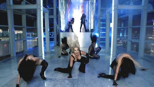 Britney-Spears-Work-Bitch-Vidcaps-16.md.jpg