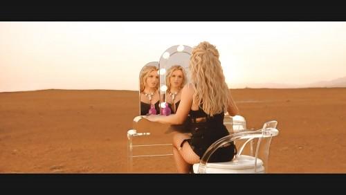 Britney-Spears-Work-Bitch-Vidcaps-21.md.jpg