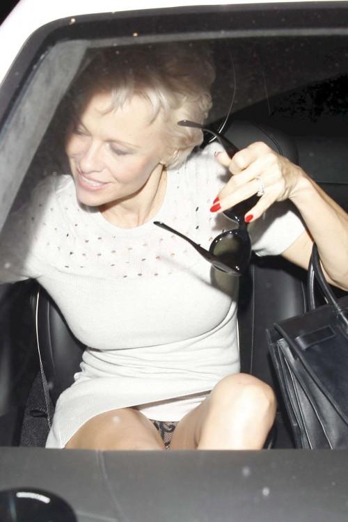 Pamela-Anderson-Upskirt-1.jpg