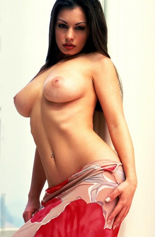 Aria-Giovani-Nude-Topless-Gallery-2.jpg