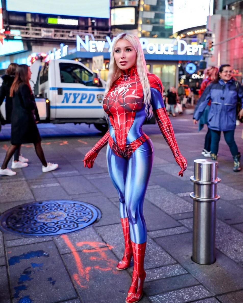 daniella-chavez-spider-girl-3.jpg