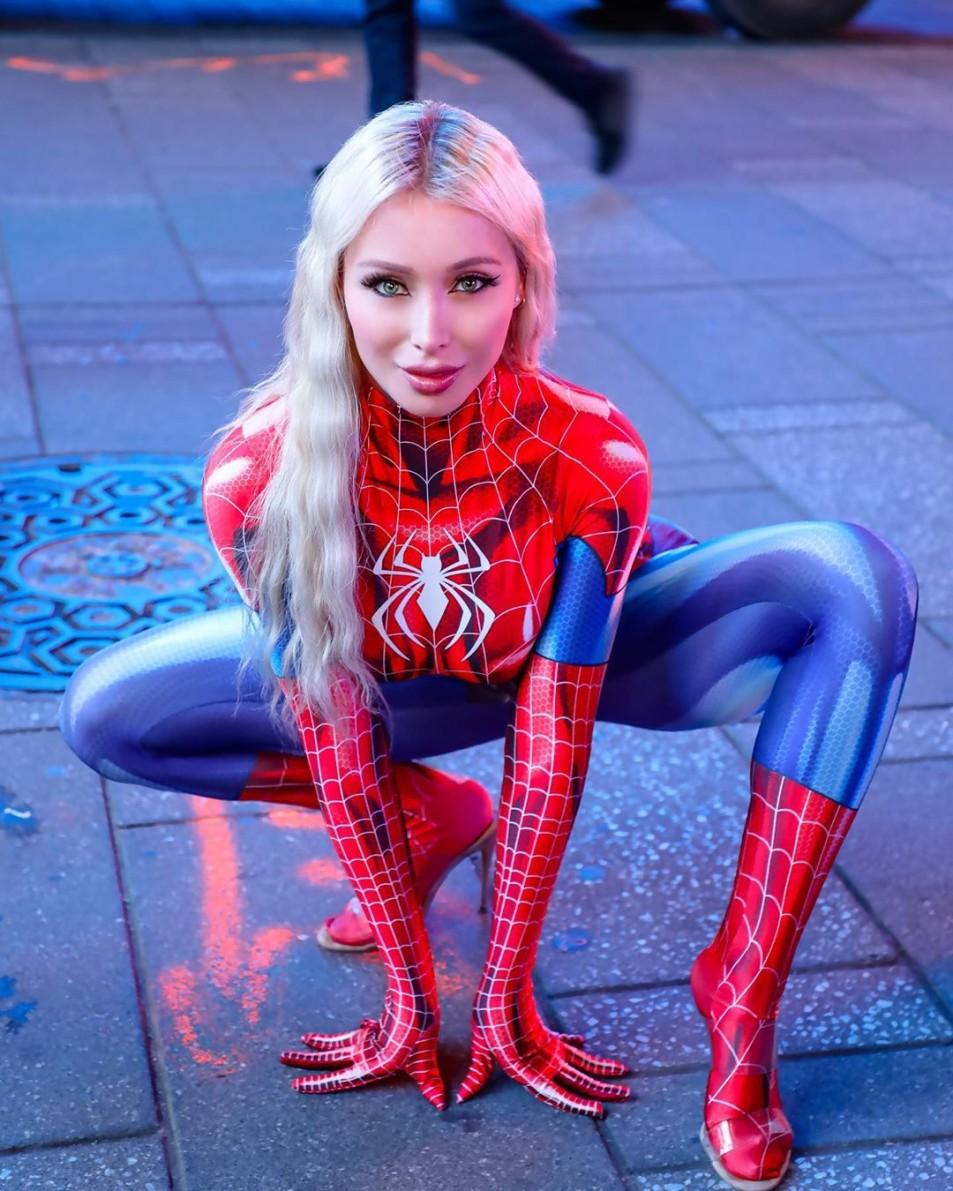 daniella-chavez-spider-girl-4.jpg