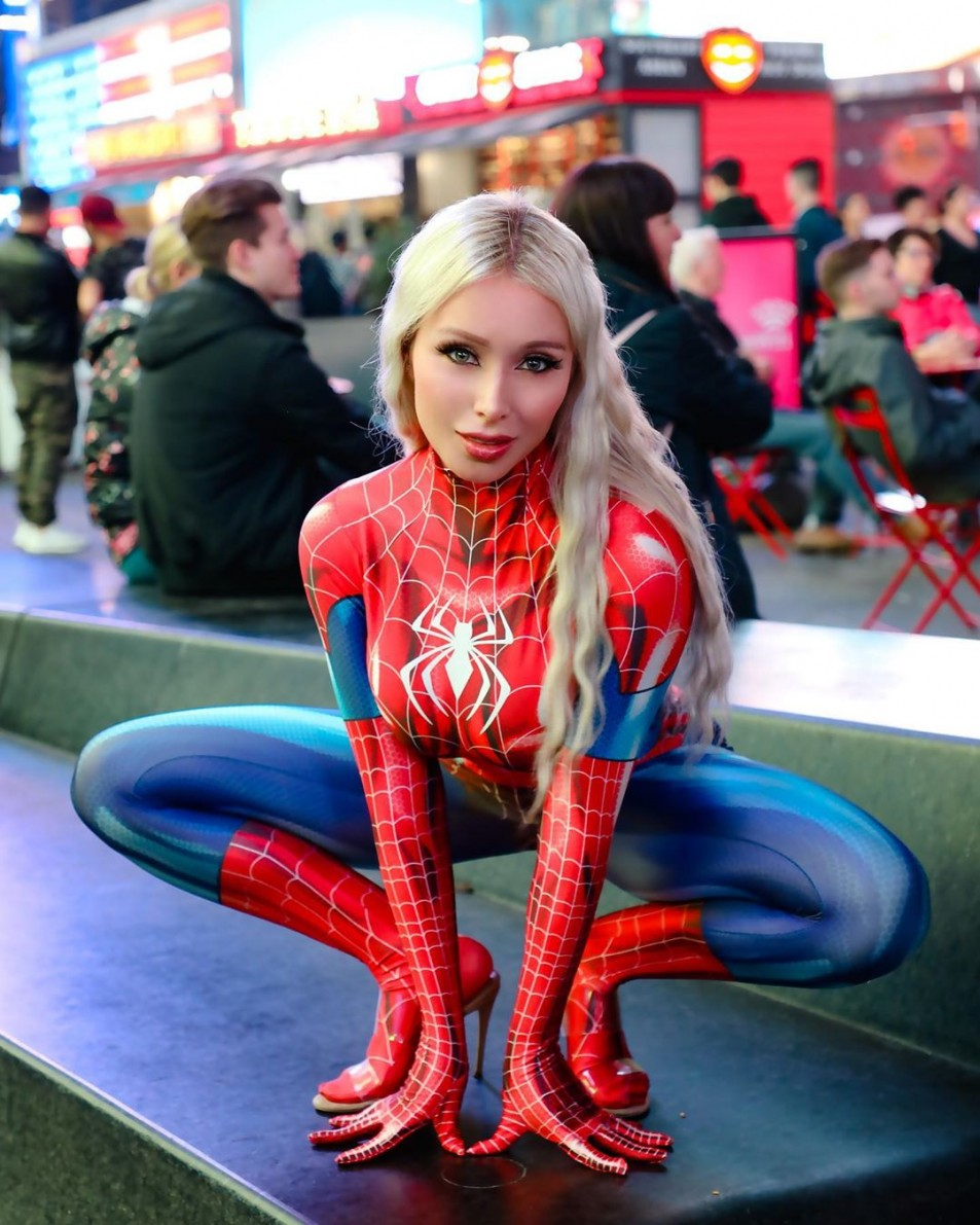 daniella-chavez-spider-girl-5.jpg