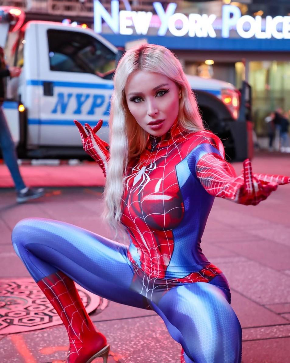 daniella-chavez-spider-girl-8.jpg