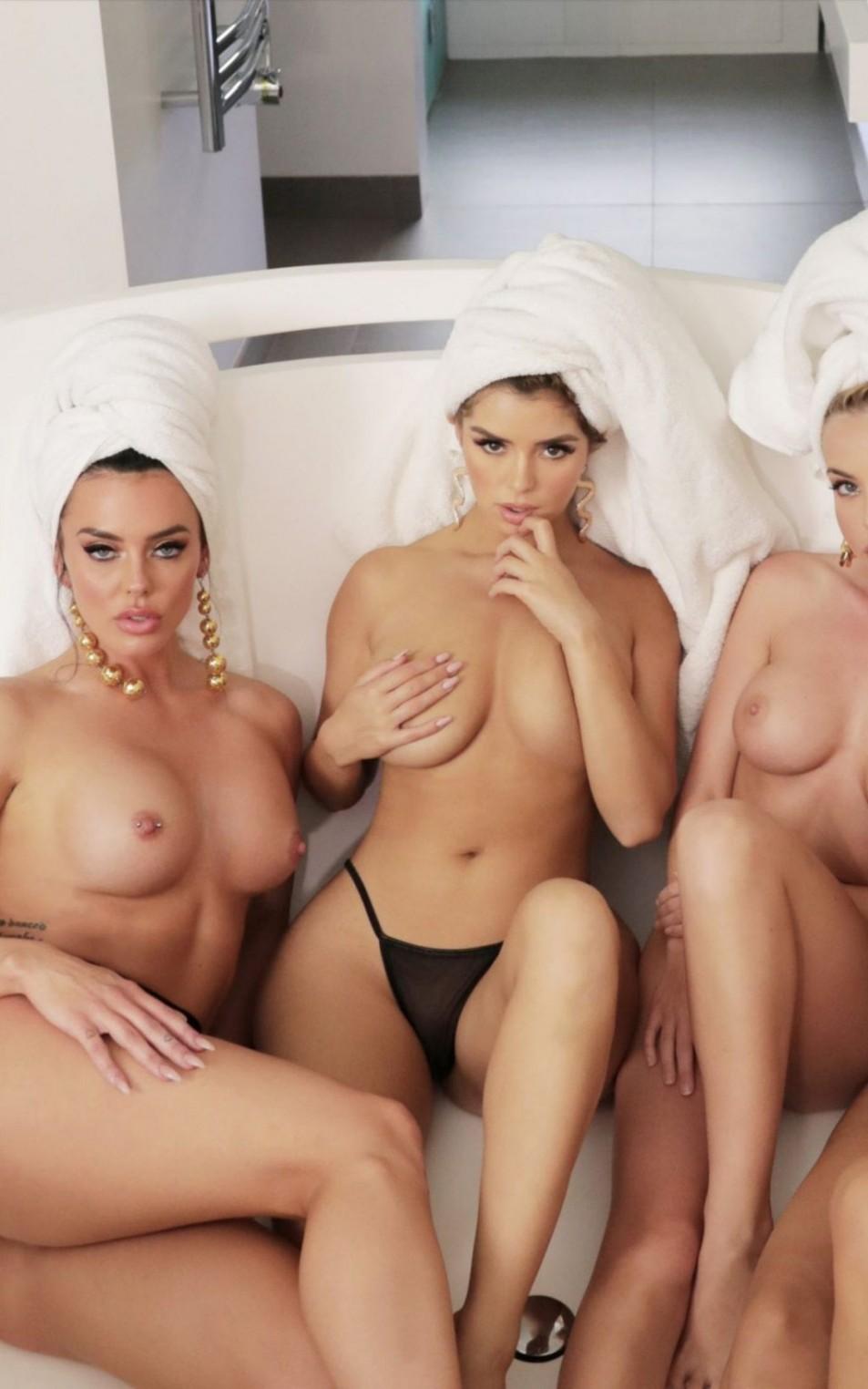 Demi-Rose-Mawby-Topless-5.jpg