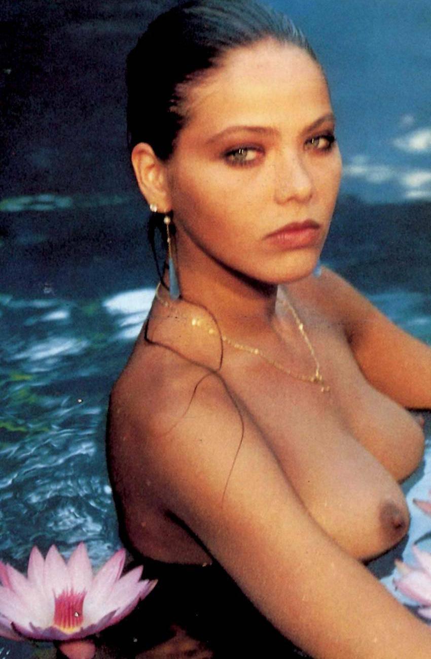 Muti naked ornella Hot and