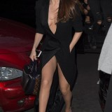 Selena-Gomez-upskirt-1.th.jpg