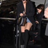 Selena-Gomez-upskirt.th.jpg