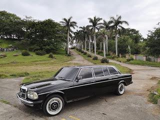 La-Roca-Golf-Club---Puntarenas-Costa-Rica.-MERCEDES-LANG-W123-LWB-LIMOUSINE.jpg