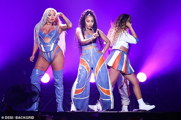 Little-Mixs-Jesy-Nelson-ccameltoe-on-stage-3.jpg