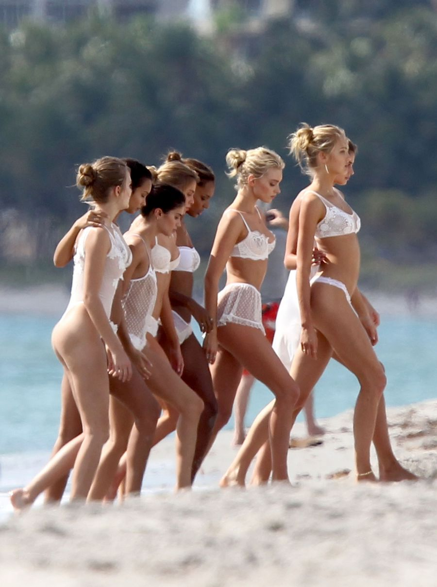 The-hottest-naked-girl-groups-211.jpg