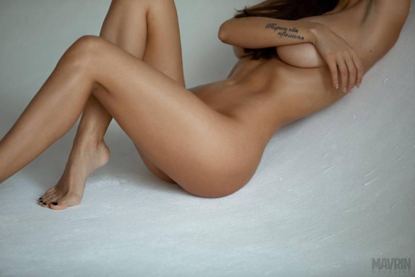 Viki-Odintcova-Nude-for-Mavrin-Mag-28.jpg