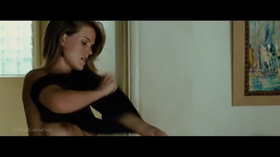 Alice-Eve-nude-caps-from-Crossing-Over-13.png