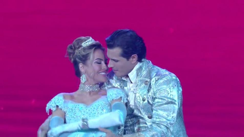Dancing-with-the-Stars-2020-Chrishell-Stause-s-Waltz-10.jpg