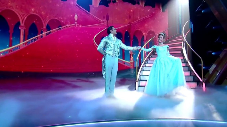 Dancing-with-the-Stars-2020-Chrishell-Stause-s-Waltz-2.jpg